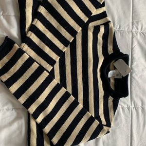 AMAZING Striped Pullover Sweater
